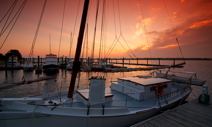 sunset-marina-in-north-carolina