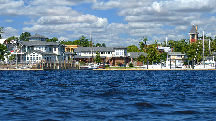 New Burn Nc >> Galley Stores And Marina Gourmet Market In New Bern Nc